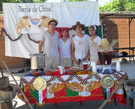 muestra gastronomica IBJP birria chivo